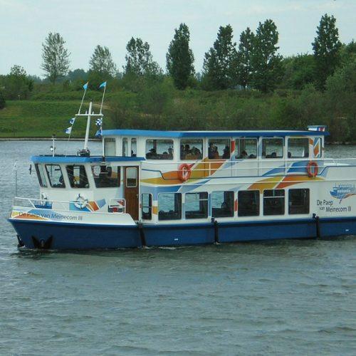 verkenners gidsen toeristen boot