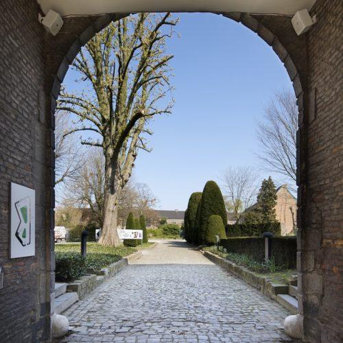 poort naar begijnhof Hasselt